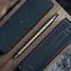 真鍮のボディが美しいINVENTERY社のペン