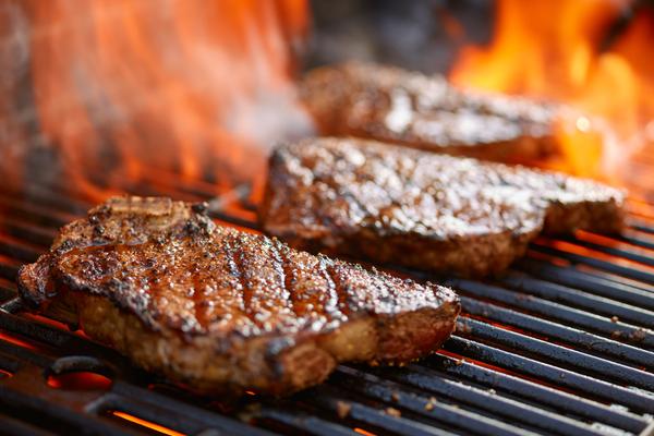 栄養満点! 食べて健康的にやせられる「お肉ダイエット」の極意!