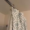 アメリカに来て変わった、シャワーカーテンのイメージ