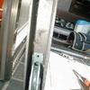 玄関引き違い建具の戸車交換