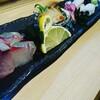 昨日は奮発して回らないほうのお寿司。