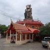 惹きつけられて人が集まるタイのお寺と行きたいお寺の探し方