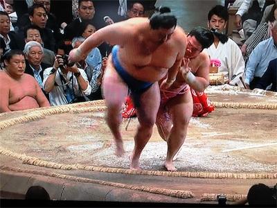 大相撲5月場所11日目〜手負いのキセノン(稀勢の里)がとうとう休場。宇良は正代を破り9勝2敗、三賞獲得もありそう〜