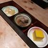 寿司屋では寿司を食え、郷に入れば郷に従え