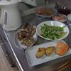 幸運な病のレシピ( 1909 )朝:青梗菜炒め、生ニシン、鮭、鳥手羽、味噌汁