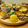 喜多見の「beet eat」でチキン、ブリ、エゾ鹿キーマ。