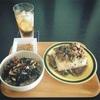 【黒い昼食】