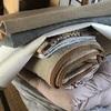 布団とプラスチックの収納ケースの片付け