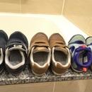 【子ども靴の洗い方】衣類洗剤と重曹を混ぜたら靴が驚くほどキレイに