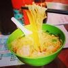 【香港:油麻地】 エビがたっぷりでブリッブリ♬ おすすめのエビ雲吞麺 『深仔記』