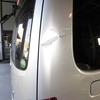 NV350キャラバン(リヤクォーターパネル)キズ・ヘコミの修理料金比較と写真 初年度H25年、型式VW2E26