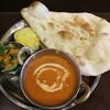 ランチタイムはナンが食べ放題!田町のインドカレー「ムンバイ」