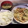 石川町の「うどん高橋」で野菜炒め定食