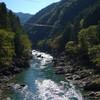 天川村の広瀬から西小学校跡へ 天然の川沿いをバイクで走る