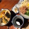 うどん文化の中、日本蕎麦を食う