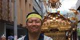 日本でお神輿を担ぎました!