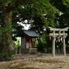 神社の境内に祀られる小さな神社ってなに?