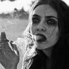 泣く女 青さんの見た喫煙所