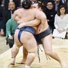 鶴竜が単独トップ…日馬富士・石浦は2敗に後退