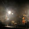 ロックバンドの楽器を破壊するPV7選