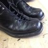 靴磨き コバ