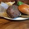 肉好きの皆さん!宮崎には尾崎牛バーガーがあるヨ