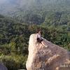 金面山歩道(台北)の岩場を這って登る
