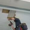天井ボードを直す。