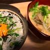 しらす丼and納豆汁。今日の曲げわっぱ。
