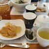 温かい緑茶を楽しむ季節、秋の風のわらび餅~nana's green tea~