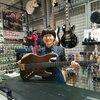ルシアー駒木のギターよもやま話 その97「新たなリペアガール登場!」