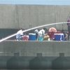 三重県波切港 家族連れ今が産卵時期のアオリイカ釣り
