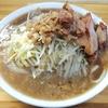 【ラーメン荘 夢を語れ】 富士丸から派生したガッツリ二郎系の店!
