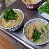 幸運な病のレシピ( 724 )夜:東京シャモ悪魔風ソテー、ガラスープでちぢれ麺、豚ロース生姜炒め。サワラ刺身、ネギ頭汁、セロリと春菊のサラダ