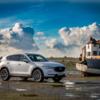 """英国大手自動車メディア""""AutoExpress""""の顧客満足度調査でCX-5が「Best mid-size SUV」に選出、総合ランキングでもTOP3に。"""