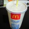 マクドナルドのコーラは置いておけばまた飲める