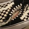 新しい靴を購入。前はCONVERSEの靴をよく履いていましたが、VANSのチェック模様の靴を購入しました!