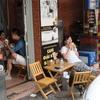 シンガポールでベトナム女子とフードコートランチ