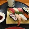 昼は寿司、夜は秋刀魚の塩焼きと鯖のバッテラ、秋の海鮮