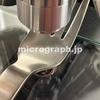 ステンレス製フォークの顕微鏡写真