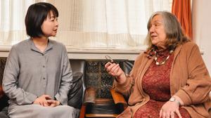 太宰治と夏目漱石の英作文を比較する。太宰没後70年記念[英語音声付き]