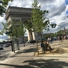 French Report: 凱旋門とシャンゼリゼ通りまで歩く