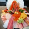 山さん寿司(近江町市場)で海鮮丼!混雑・メニュー・料金・営業時間・定休日の詳細!