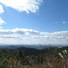 摩耶山は秋晴れですが、所々荒れています。