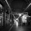 2018年3月一人旅モノクロ写真~近鉄四日市駅ロータリー横