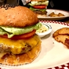 トランプ大統領も食したハンバーガー 港区芝公園の人気店でランチ「MUNCH'S BURGER SHACK(マンチズ バーガー シャック)」