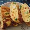 卵焼きをお弁当用に作りました(^^)フライパンで簡単☆揚げ玉入りでふっくらです。