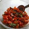 暑いときには,冷たいトマトのパスタ。