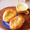 くるみパン、マスタードソーセージ、コーンスープ。