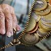 ねんきんネットに登録して自分の納付状況及び年金の試算額を確認してみよう。